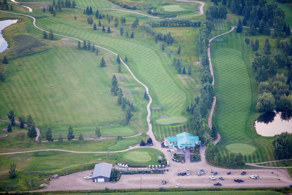 MVT aerial Olds golf course
