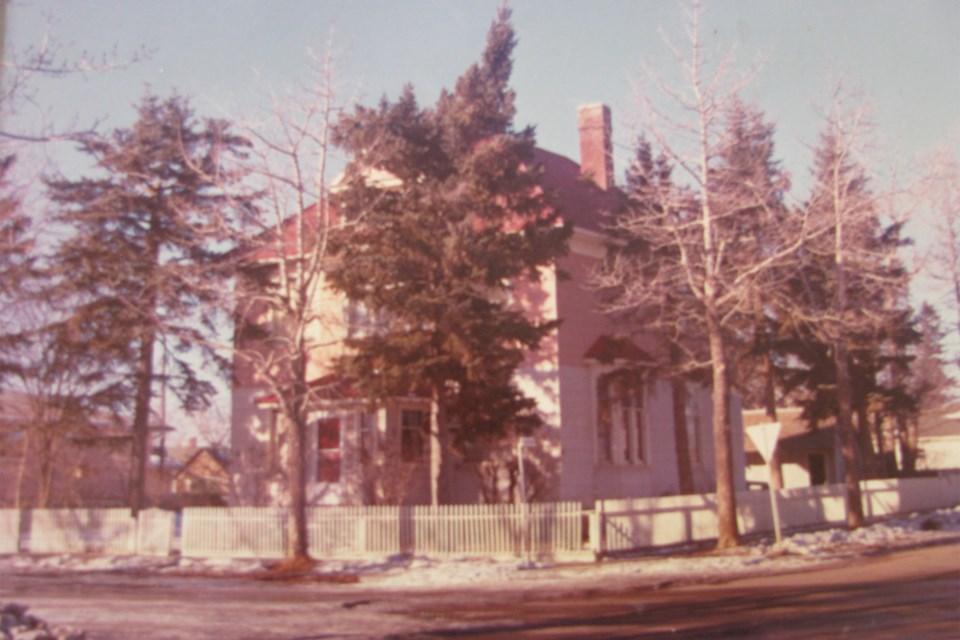 MVT Carstairs Downie house-1