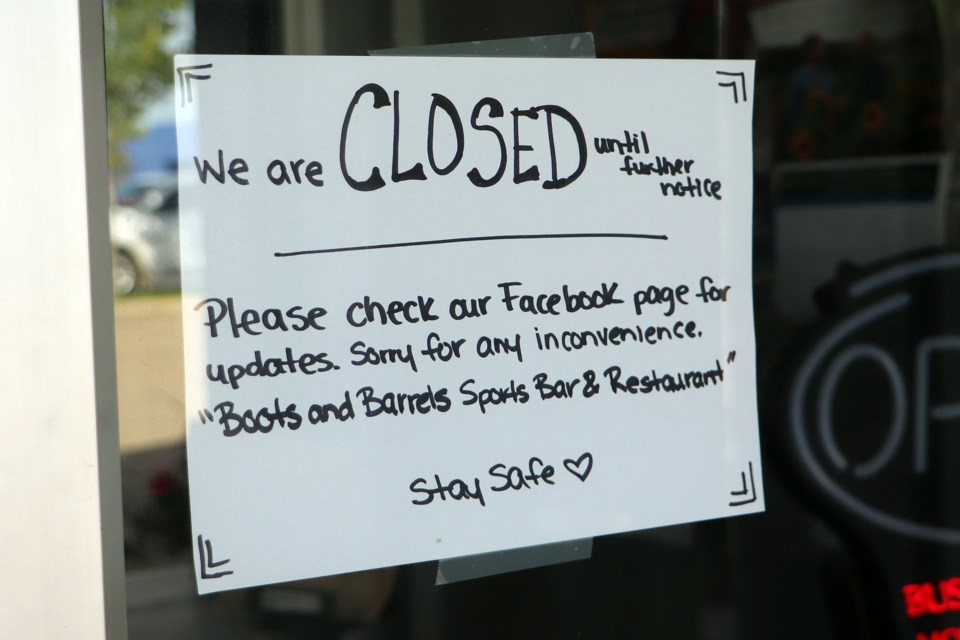The temporary closure notice that is posted on the front door of Innisfail's Boots and Barrels Restaurant and Bar. Johnnie Bachusky/MVP Staff