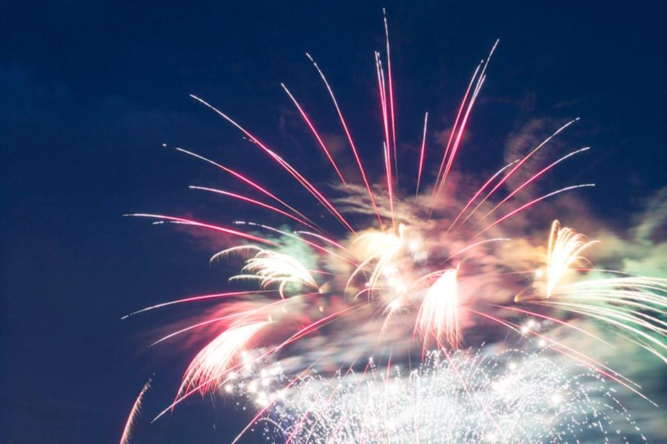 mvt fireworks-1