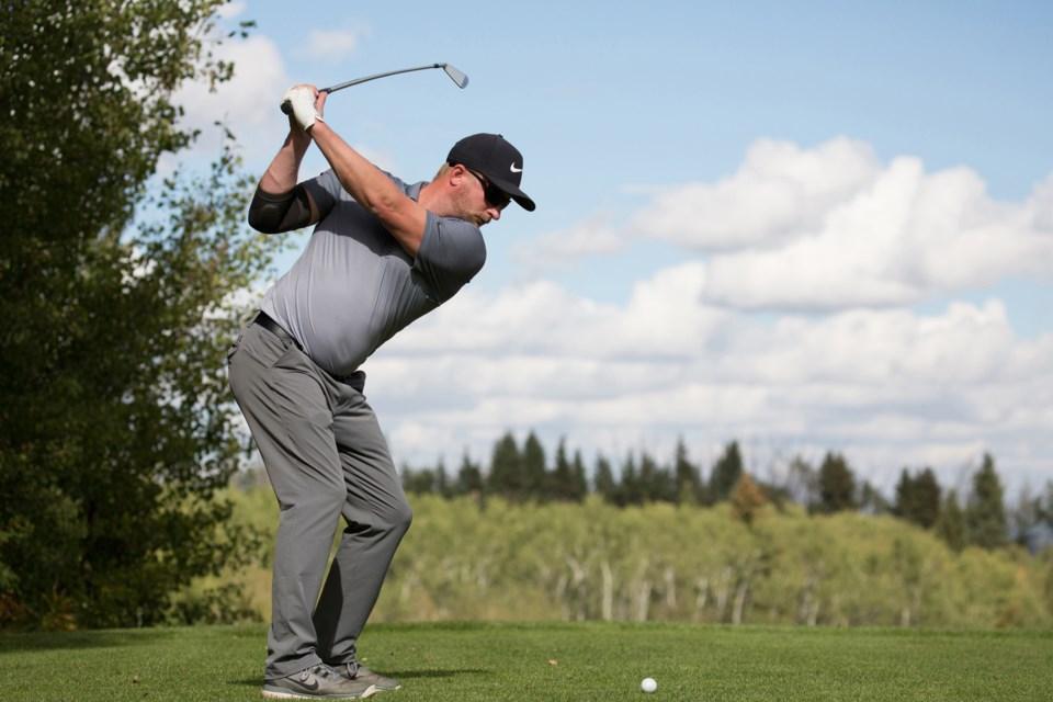 MVT Innisfail Golf Club golfer