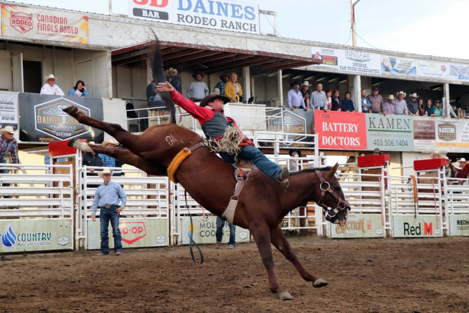 Bowden-area's Ky Marshall has a fine bareback ride on Sept. 4 at the 2021 Daines Ranch Pro Rodeo. Johnnie Bachusky/MVP Staff