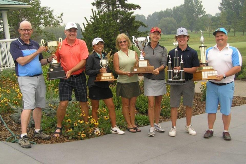 MVT Olds Golf Club 2021 champions