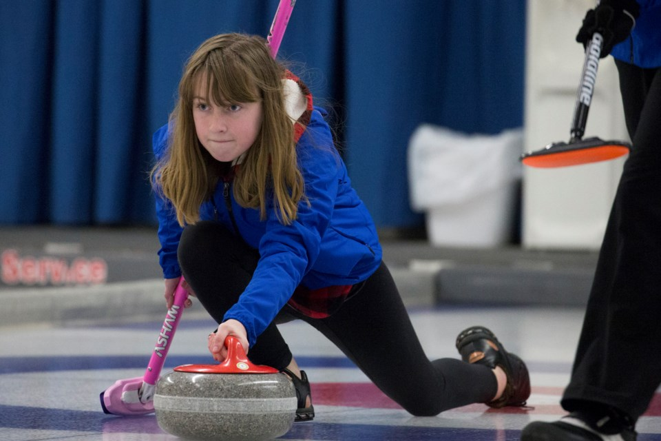 MVT stock Sundre junior curling-3