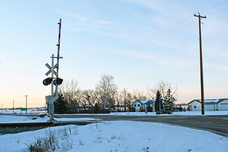 Penhold train crossing web,jpg