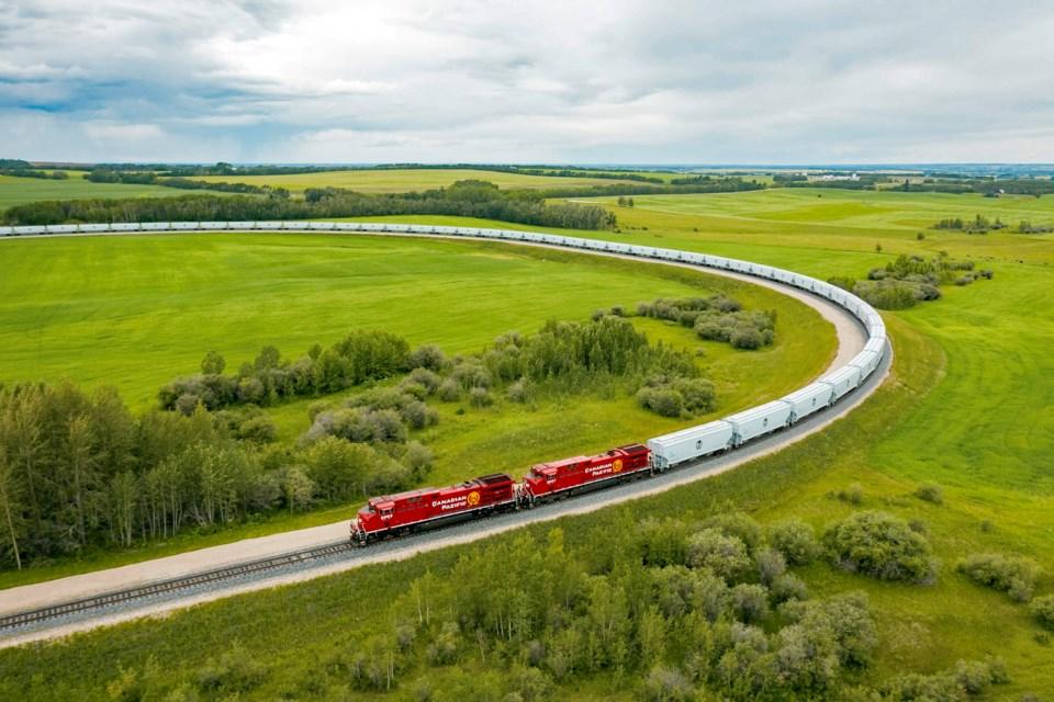 WEB CP's Largest Ever Grain Train