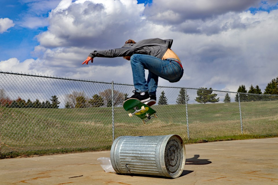 WEB Skateboarder 3 May 2020
