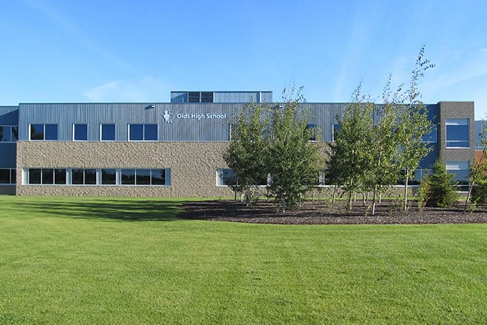 WebOlds-High-School-ChinooksEdge