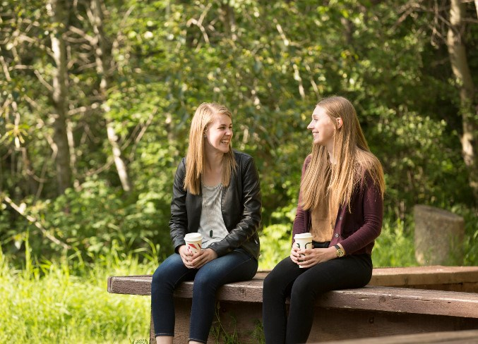 two-women-on-campus