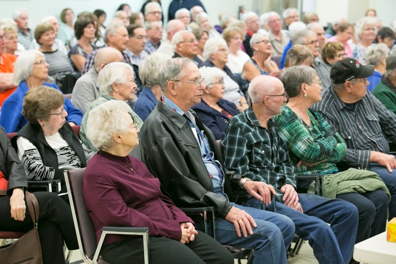 A full house takes in the election forum on Sept. 26 at the Innisfail Seniors Drop-In Centre.