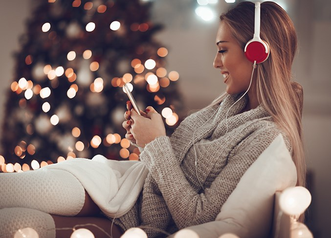 8_Christmas_Songs