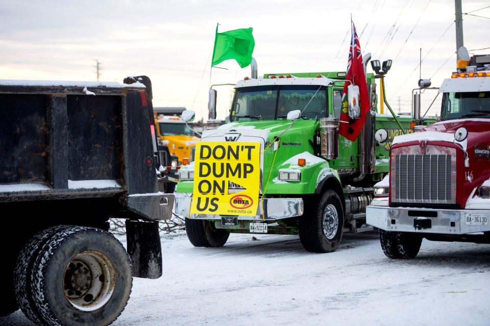 2020-12-31 dump truck protest ASH-1