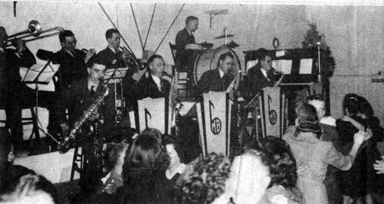 The big band sounds of the 1940s had the dance floor filled at Club 14.