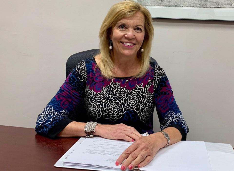 2019 07 12 Christine Elliott desk 2 DK