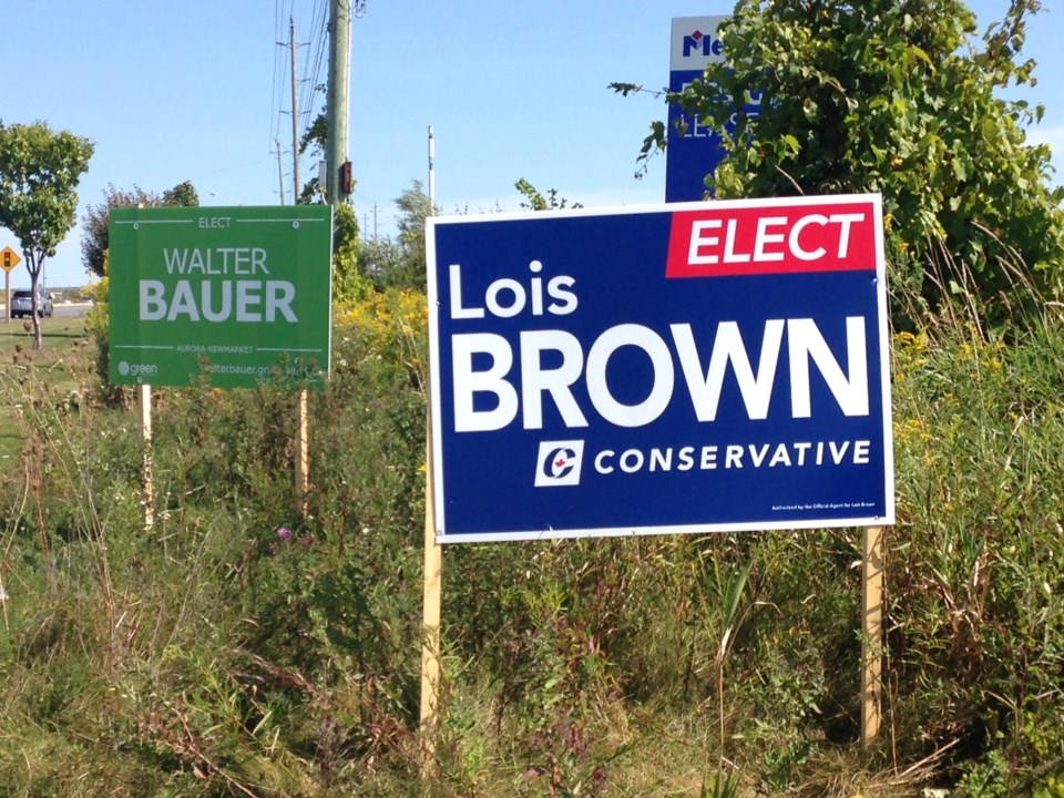 20190920 fed elxn signs Tory and Green