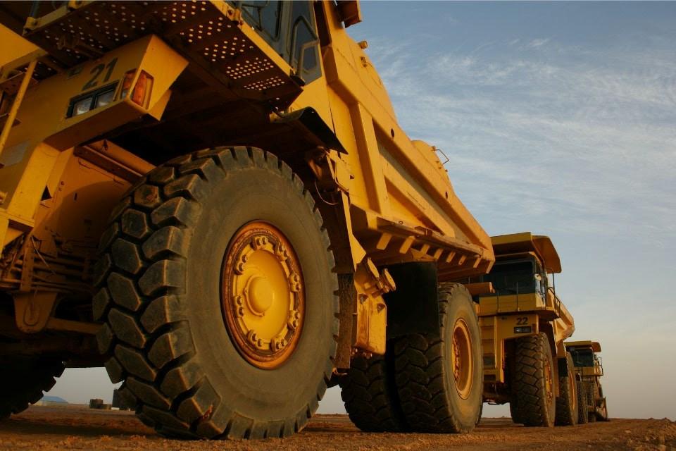 Generic mining dump truck photo