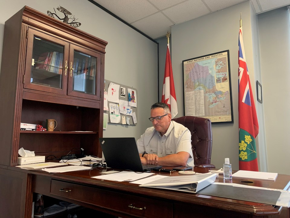 Greg Rickford desk
