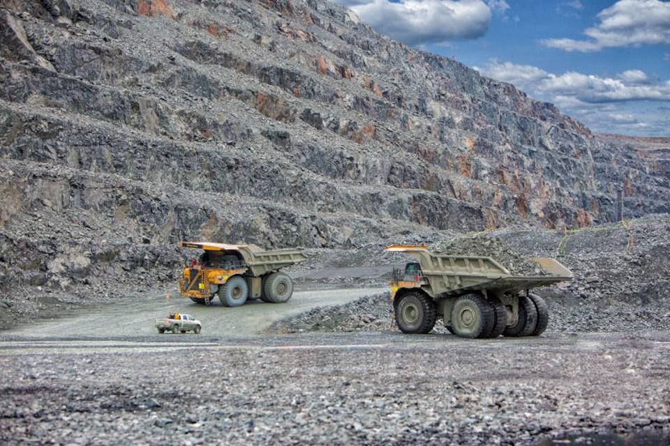 Kirkland Lake Gold Detour pit (haul trucks)