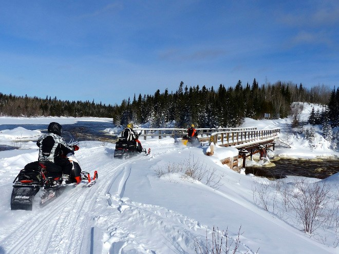 snowmobile_tourism3