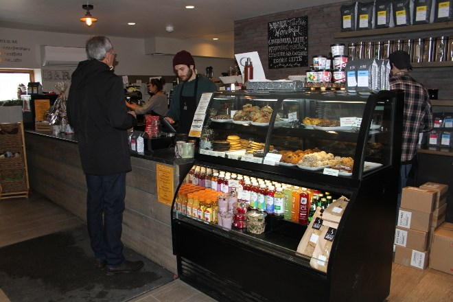 The counter at the south end location has a variety of hot and cold food options, most of which have ingredients locally sourced, as well as vegan and gluten-free options.