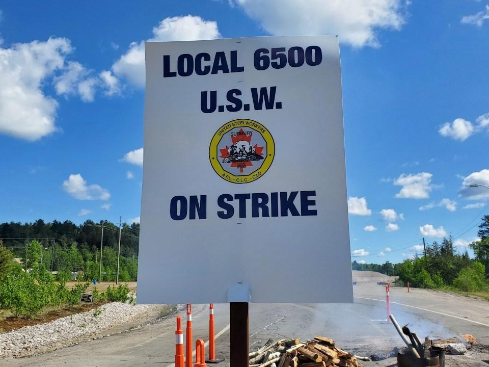 Sudbury Steelworkers strike sign