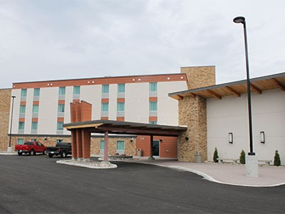 Manitoulin-Hotel-1_Cropped