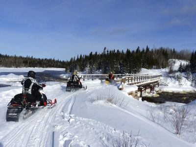 snowmobile_tourism3_cropped