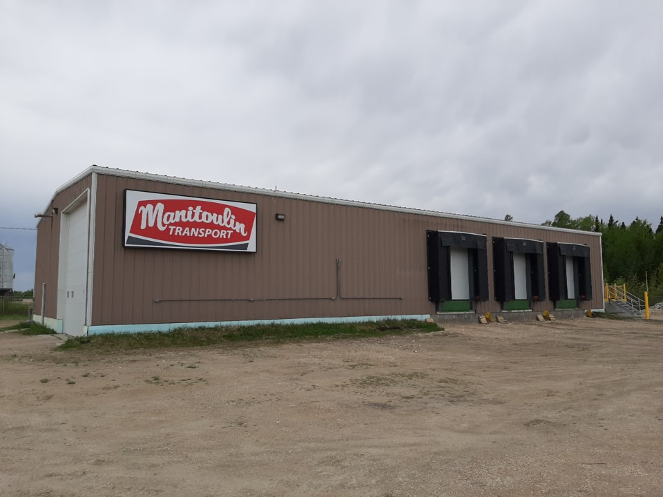 manitoulin_transport_the_pas_terminal