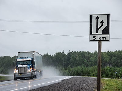 Road-sign-truck