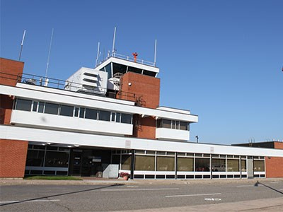 Sault-airport-terminal_Cropped