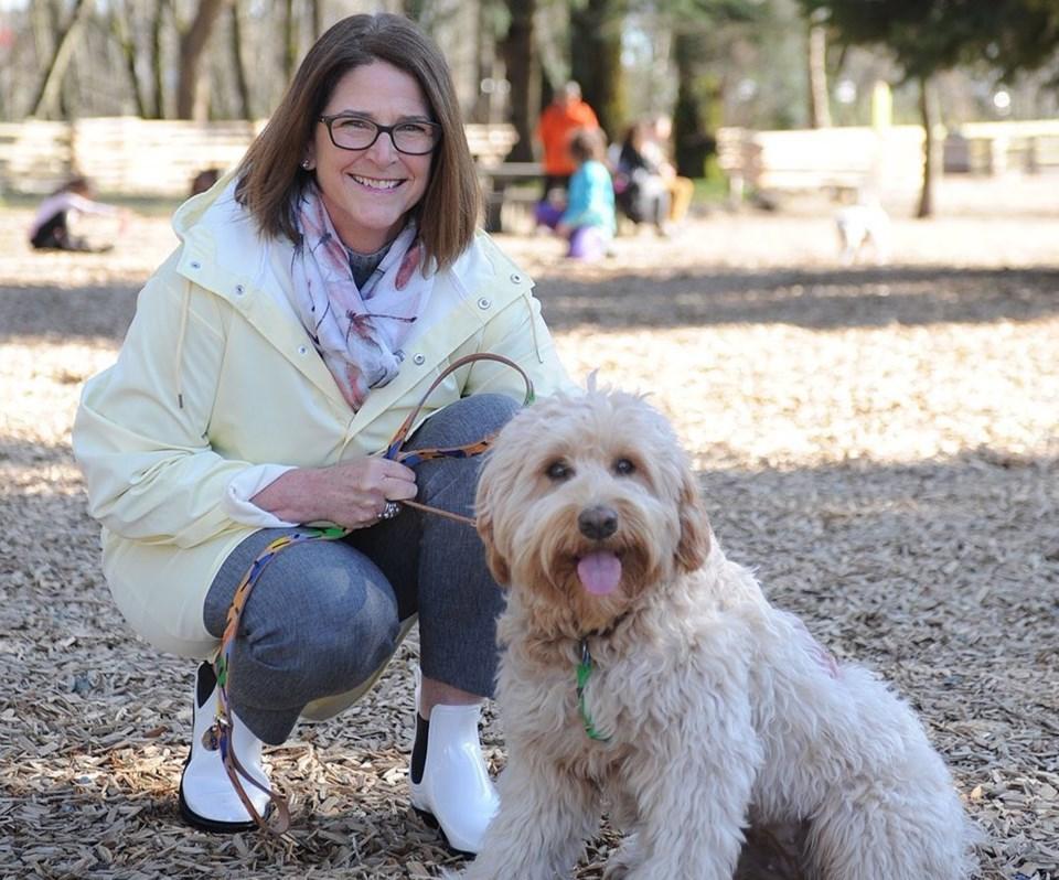 Linda Buchanan and dog bailey