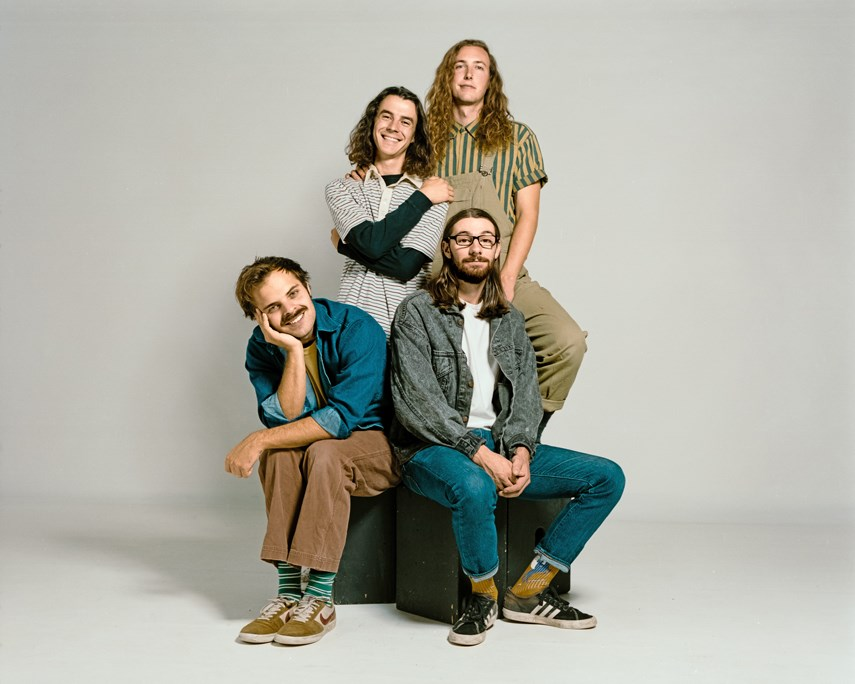 Peach Pit - Lead Image deluxe-232244913(1)