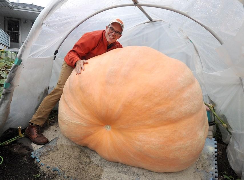 Giant Pumpkin 01 web MW