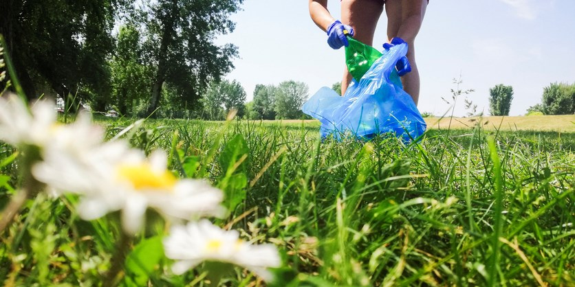 Pick up trash (Getty Images)