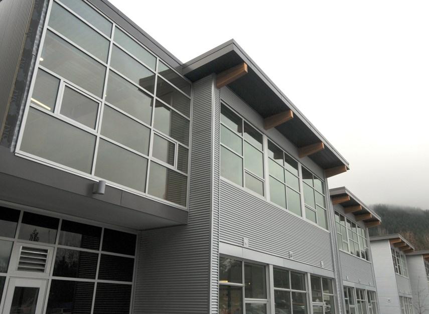 Argyle New School tour MW 01 exterior