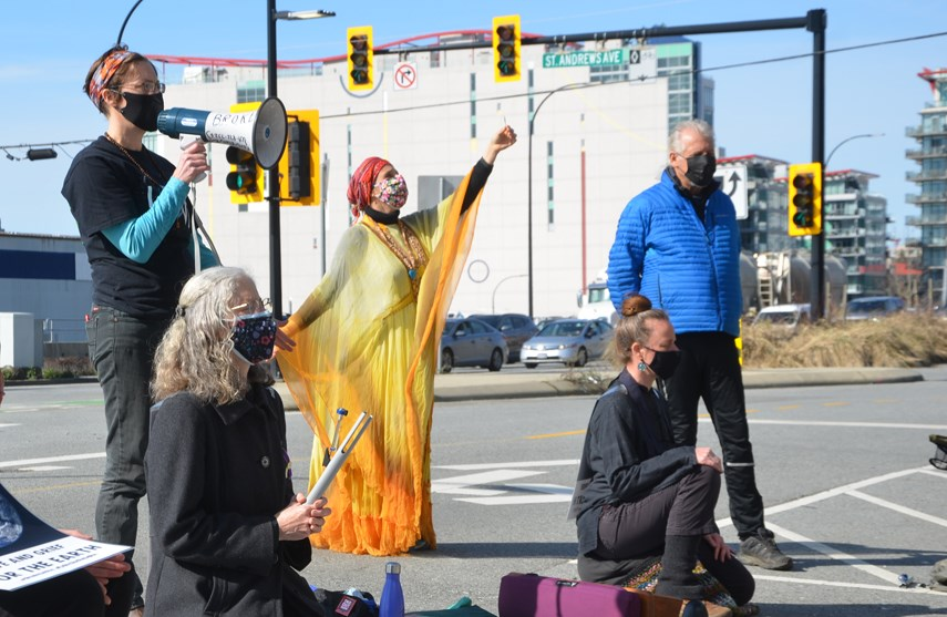 Interfaith protest web