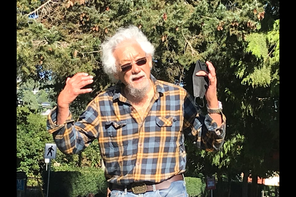 Environmental activist and scientist David Suzuki addressed a crowd of NDP campaign volunteers in West Vancouver's John Lawson Park on Thursday.