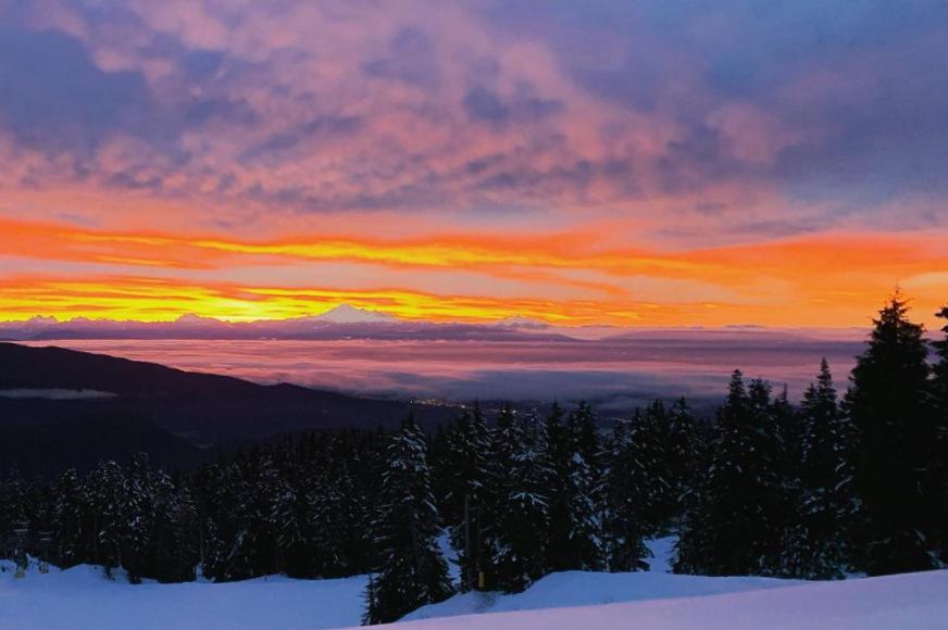A stunning sunrise snap taken from Mount Seymour on Dec. 29, 2020.