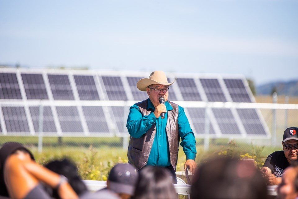 Eden Valley band councillor Rex Daniels speaks at a ceremony on Aug. 20 celebrating the new solar farm near the arena. (Brent Calver/Western Wheel)