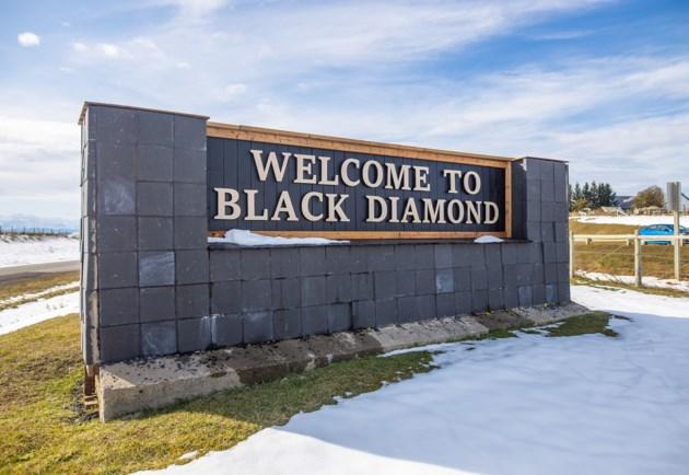 Black Diamond Sign 0126