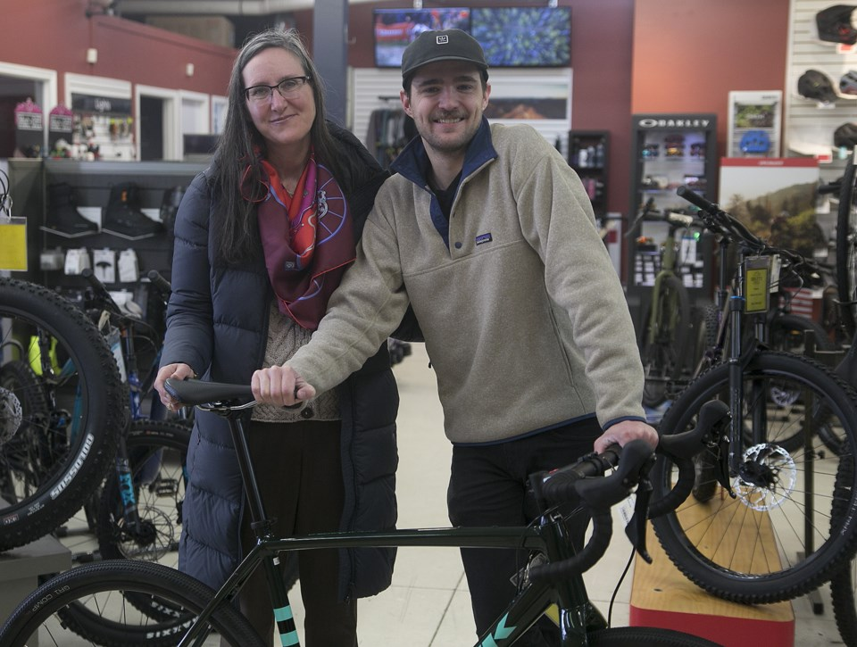SA-ridleycyclefoodbank