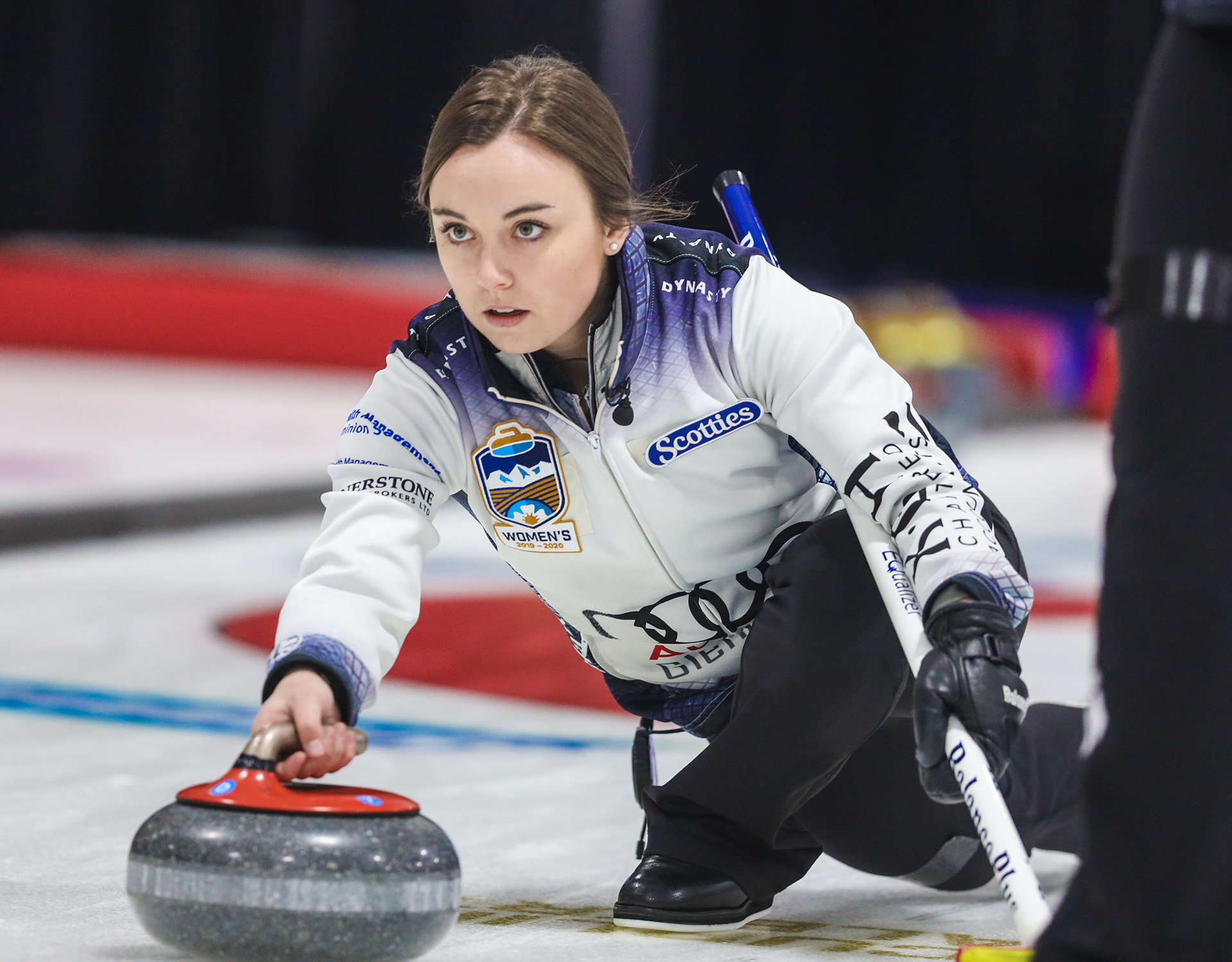 Rocque rolls past Hilker in Alberta Scotties semis