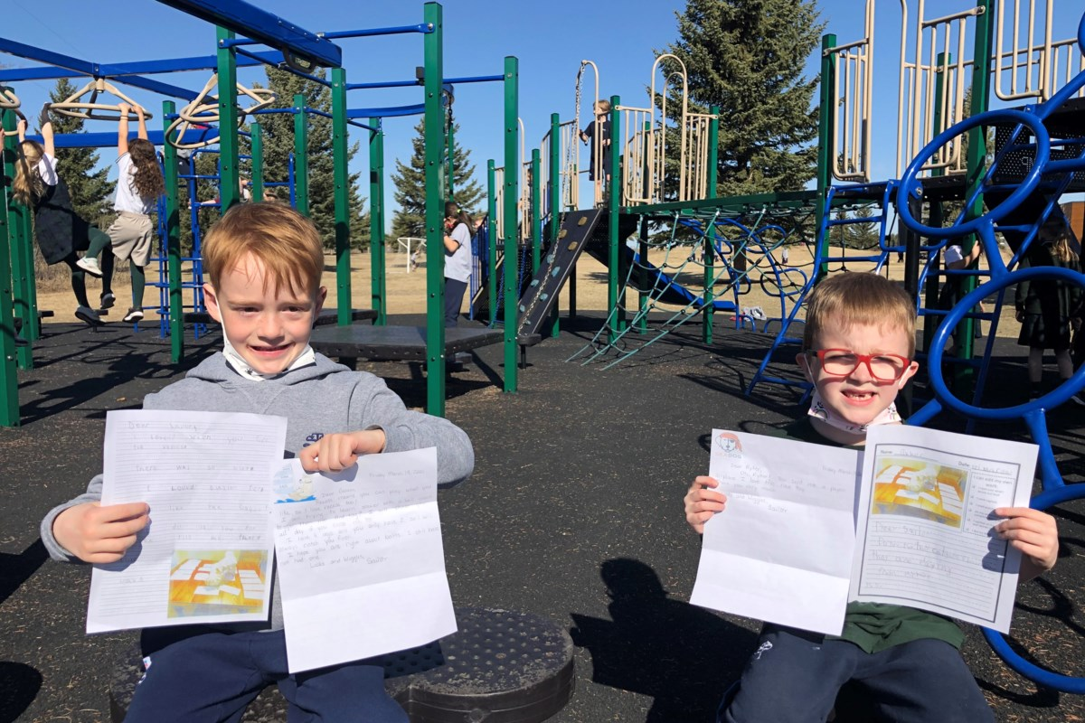 Case of puppy love with STS students' pen pal