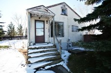 This abandoned house on the corner of Fifth Ave. and Second St. SW is one of two properties the Town is requesting public input from after developers expressed interest in