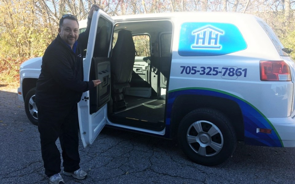 2018-11-08 helping hands van