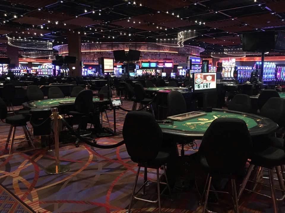 empty gaming floor at casino rama