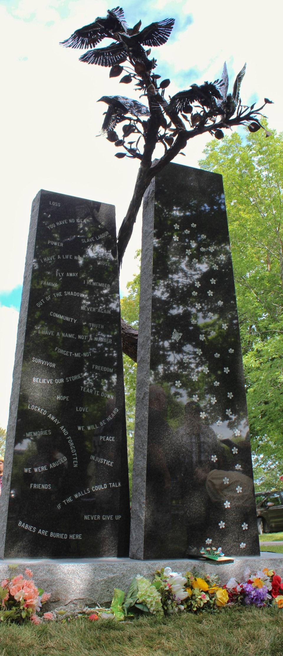2019-08-24 HRC Cemetery monument 3