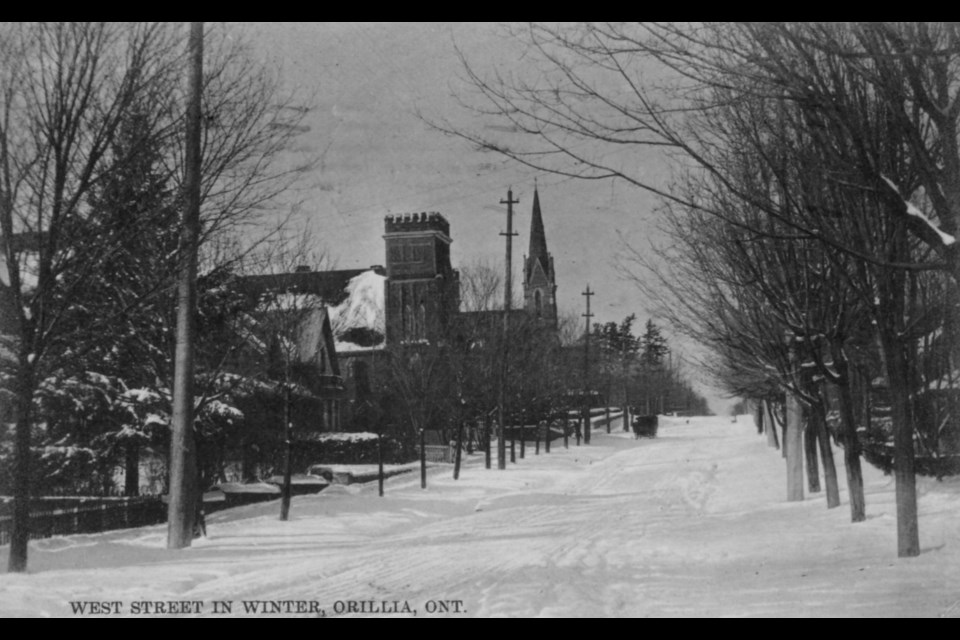 This postcard shows West Street in the winter, circa 1908.