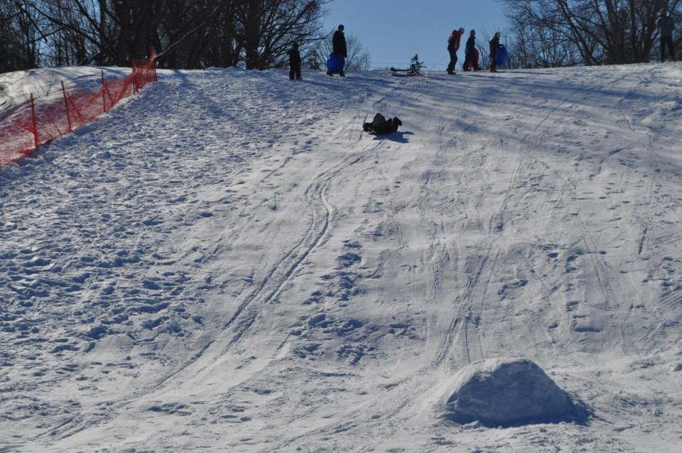 2019-02-16 fam toboggan hill