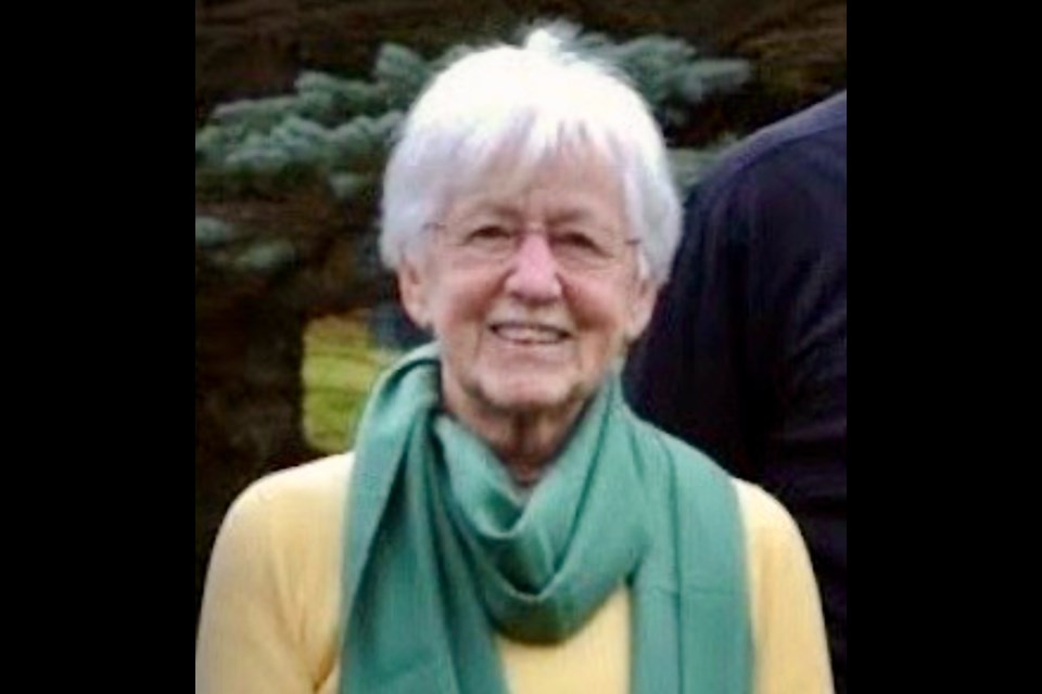 Helen Perry, a longtime volunteer in the Orillia area, died May 4.